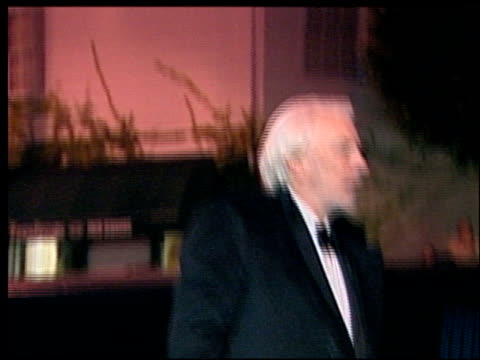 donald sutherland at the 2002 academy awards vanity fair party at morton's in west hollywood california on march 24 2002 - オスカーパーティー点の映像素材/bロール