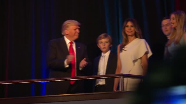 stockvideo's en b-roll-footage met donald trump and family takes stage at victory party after winning presidential election in the early morning of nov. 9, 2016. - verkiezing