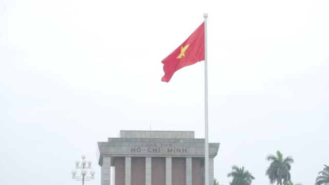 donald trump and kim jong un to meet at summit vietnam hanoi gvs including ho chi minh mausoleum and north koreausa summit signs / flags hanoi ba... - 首脳会議点の映像素材/bロール