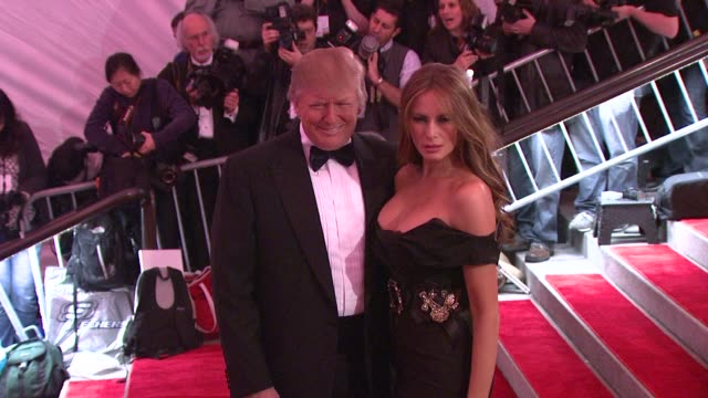 donald trump and melania trump at the 'the model as muse embodying fashion' costume institute gala at the metropolitan museum of art arrivals at new... - 2009 bildbanksvideor och videomaterial från bakom kulisserna