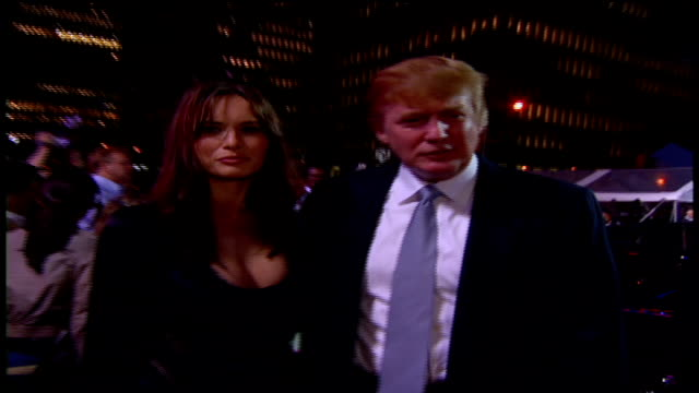 vídeos de stock e filmes b-roll de donald trump arriving at the 2002 mtv video music awards red carpet - 2002