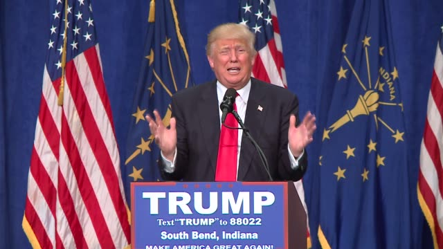 stockvideo's en b-roll-footage met wgn donald trump ends speech declaring he will keep winning make america great again at campaign rally in south bend indiana on may 2 2016 - presidentsverkiezing
