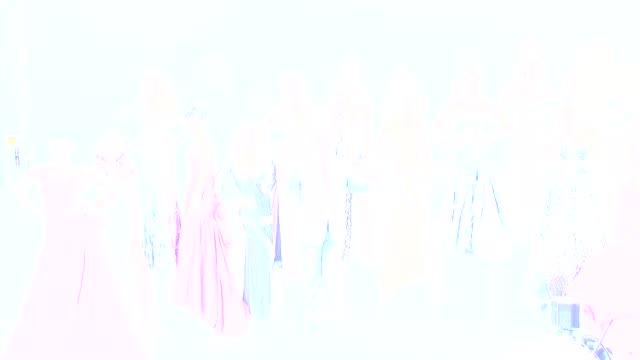 vidéos et rushes de donald trump flaviana matata amelia vega dayanna mendoza angela martini zana krasniqi rosanna purcell shandi finnessey crystle stewart marigona... - précédent