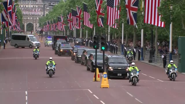 day one trump family arrives in london / visits buckingham palace england london the mall ext motorcade along the mall - state visit stock videos & royalty-free footage