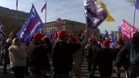 donald trump supporters 'maga' rally; antifa' and 'stop the steal' sot / protesters singing 'god bless the usa' sot. - high street stock-videos und b-roll-filmmaterial