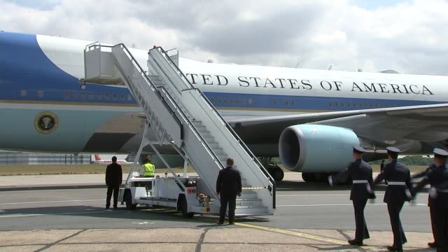 Arrival at Stansted Airport ENGLAND Essex Stansted Airport EXT Air Force One Plane on tarmac / steps put in place