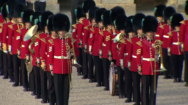 Trump arrival at Blenheim Palace ENGLAND Oxfordshire Blenheim Palace Osprey helicopter flying in / Band of Scots Guards and guests waiting