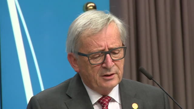 donald tusk and jeanclaude juncker saying the next phase of brexit negotiations will be difficult but will start in march 2018 - brexit stock-videos und b-roll-filmmaterial