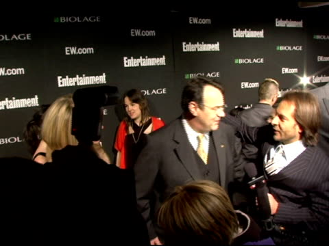 stockvideo's en b-roll-footage met donna dixon and dan akroyd at the entertainment weekly's viewing party for 2006 academy awards at elaine's in new york, new york on march 5, 2006. - entertainment weekly