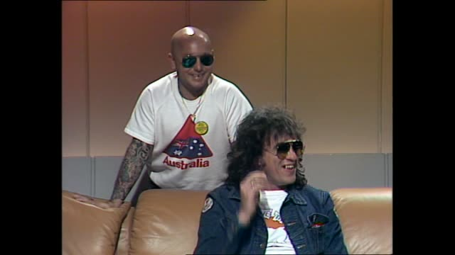 interview donnie sutherland angry anderson peter wells from band rose tattoos' angry anderson and peter wells mucking around and laughing with the... - slapstick stock videos & royalty-free footage