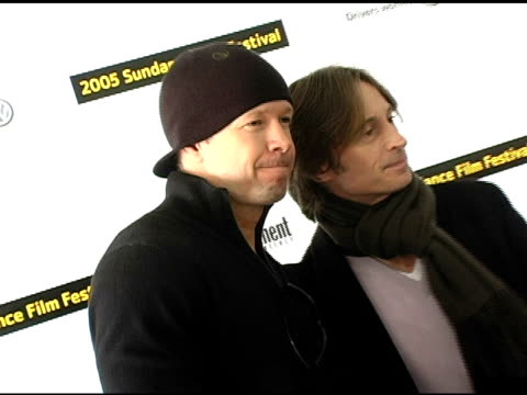 donnie wahlberg and robert carlyle at the 2005 sundance film festival 'marilyn hotchkiss ballroom dancing and charm school' premiere at the eccles... - robert carlyle stock videos & royalty-free footage