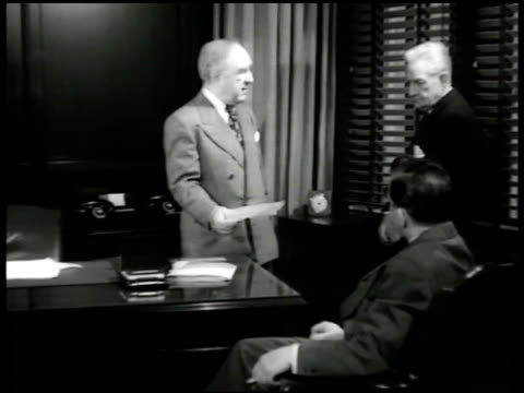 vídeos de stock e filmes b-roll de door int vs president james c petrillo at desk talking w/ men reprisal ms petrillo 'have quarrel w/ recordings for jukeboxes amp radio stations... - 1947