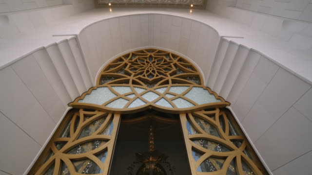 doorway to grand mosque - abu dhabi - grand mosque stock videos and b-roll footage