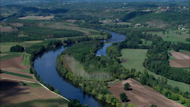 Dordogne River At Siorac-En-Périgord  - Aerial View - Aquitaine, Dordogne, Arrondissement de Sarlat-la-Canéda, France