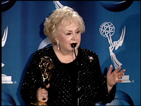 doris roberts at the 2001 emmy awards press room at the shubert theater in century city, california on november 4, 2001. - doris roberts stock videos & royalty-free footage