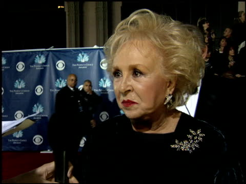 doris roberts at the 2006 people's choice awards at the shrine auditorium in los angeles, california on january 10, 2006. - doris roberts stock videos & royalty-free footage