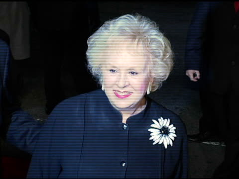 doris roberts at the 'alexander' premiere arrivals at grauman's chinese theatre in hollywood, california on november 16, 2004. - doris roberts stock videos & royalty-free footage