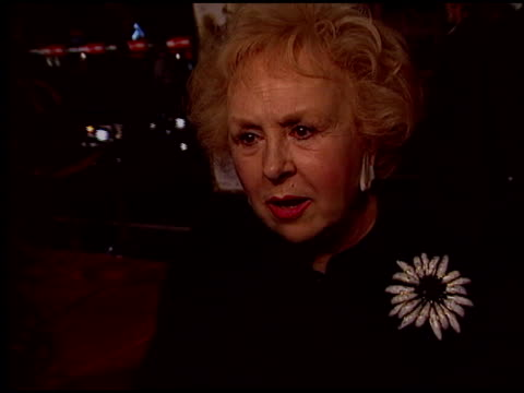 doris roberts at the 'alexander' premiere at grauman's chinese theatre in hollywood, california on november 16, 2004. - doris roberts stock videos & royalty-free footage