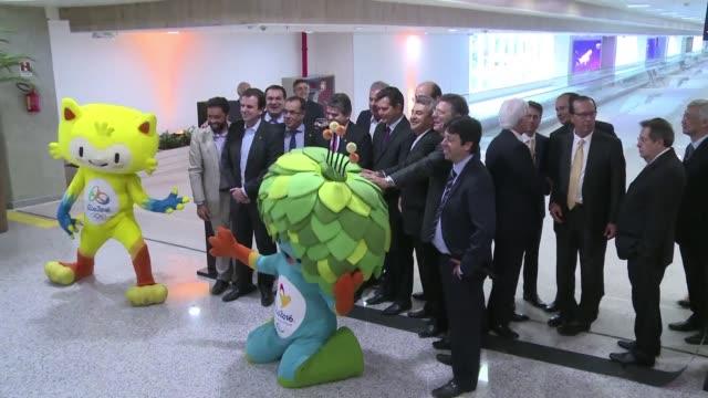 A dos meses del comienzo de los Juegos Olimpicos Rio de Janeiro inauguro una nueva ala en el Aeropuerto Internacional Galeao que practicamente...