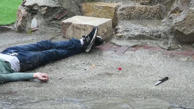 dos palestinos fueron abatidos por las fuerzas de seguridad israelies en hebron tras sendos intentos de ataques con cuchillo - hebron west bank stock videos & royalty-free footage