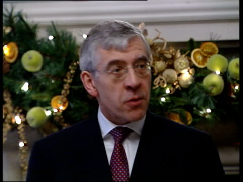 dossier on human rights abuses released; itn england: london jack straw mp press conference sot - the dossier does make for harrowing reading - file stock videos & royalty-free footage