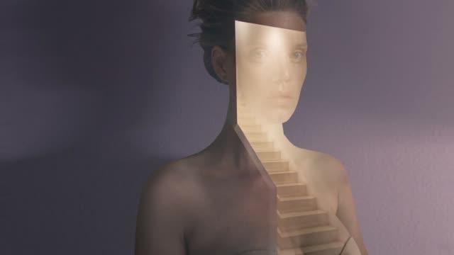 vídeos de stock e filmes b-roll de double exposure portrait - ditado