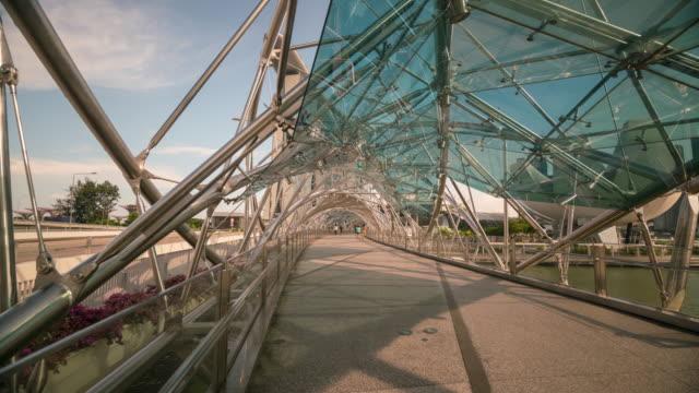double helix bridge, singapore - helix bridge stock videos & royalty-free footage