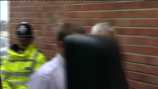 double murder gunman john cooper jailed for life wales swansea swansea crown court photography ** john cooper arriving at court - wales stock-videos und b-roll-filmmaterial