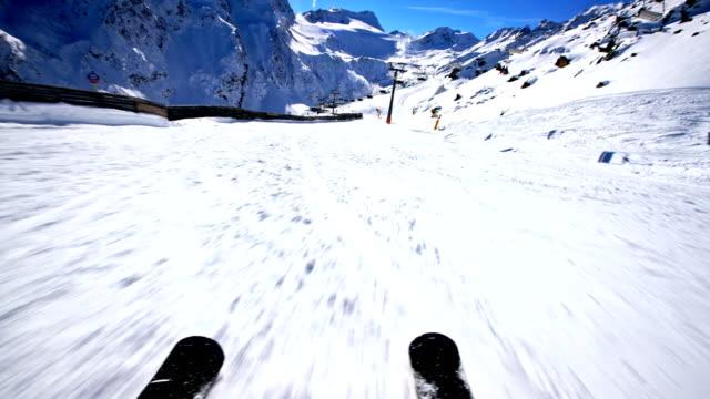 Downhill alpine skiing, POV