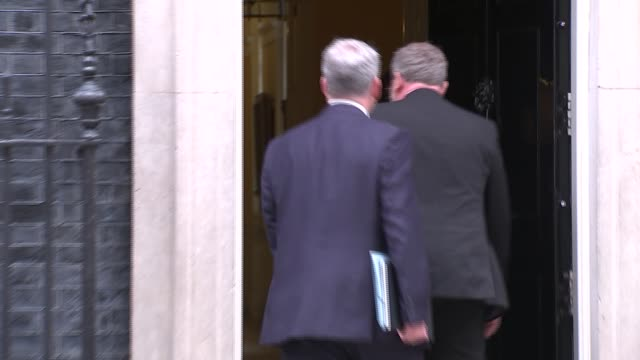 downing street cabinet arrivals and departures at no10 england london downing street no10 ext liam fox mp / david mundell mp / sajid javid mp /... - andrea leadsom stock-videos und b-roll-filmmaterial