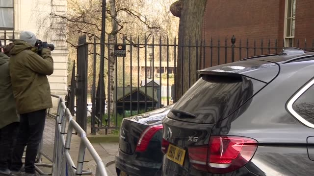 downing street cabinet departures england london downing street ext liam fox mp departing / andrea leadsom mp departing into car / boris johnson mp... - andrea leadsom stock-videos und b-roll-filmmaterial