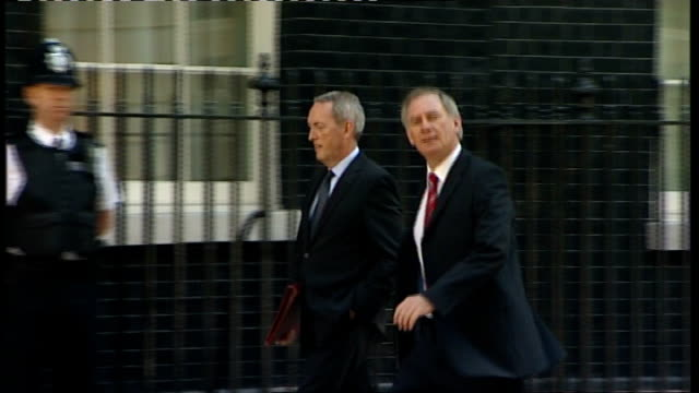 geoff hoon mp and john hutton mp arriving at no.10 hazel blears mp along to no.10 - john hutton stock videos & royalty-free footage