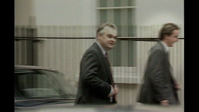 ext lamont along from car as arrives at number 10 with david cameron on day of resignation london ken clarke along from building - kenneth clarke stock-videos und b-roll-filmmaterial