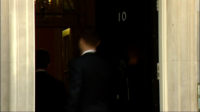 downing street: ext laws into number 10 for cabinet meeting - cabinet member stock videos & royalty-free footage