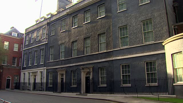 downing street general views; england: london: westminster: downing street: ext general views of downing street including door to number 10, windows,... - general view stock videos & royalty-free footage