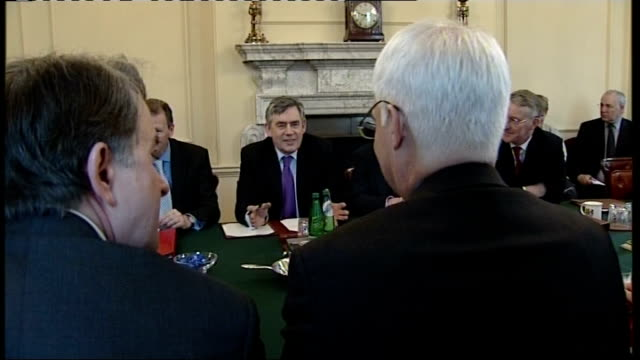 number 10 int general views of cabinet meeting prior to the budget speech including prime minister gordon brown mp chancellor alistair darling mp... - ピーター マンデルソン点の映像素材/bロール