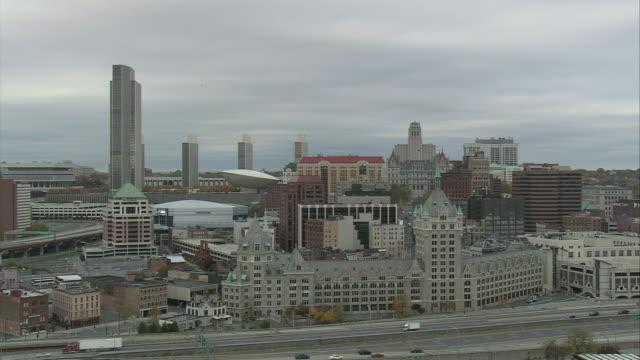 aerial downtown albany / albany, new york, united states - 州議会議事堂点の映像素材/bロール