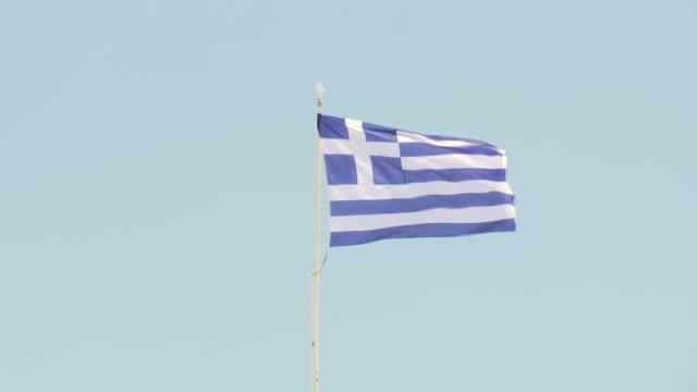 downtown athens, parliament shots, daily life - ギリシャ国旗点の映像素材/bロール