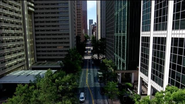 downtown atlanta between buildings - atlanta video stock e b–roll