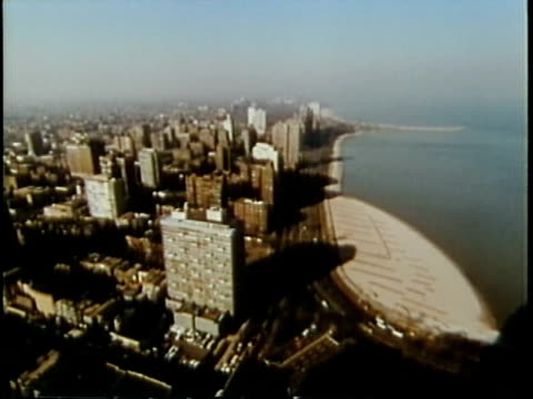 vidéos et rushes de 1963 montage ha ws downtown buildings / chicago, united states / audio - chicago