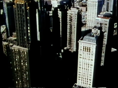 vidéos et rushes de 1963 montage downtown buildings / chicago, united states / audio - chicago illinois