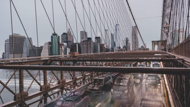 t/l zi downtown business manhattan / new york, usa - manhattan brücke stock-videos und b-roll-filmmaterial