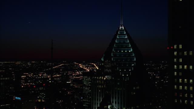 aerial downtown chicago at night / illinois, usa - two prudential plaza stock videos & royalty-free footage