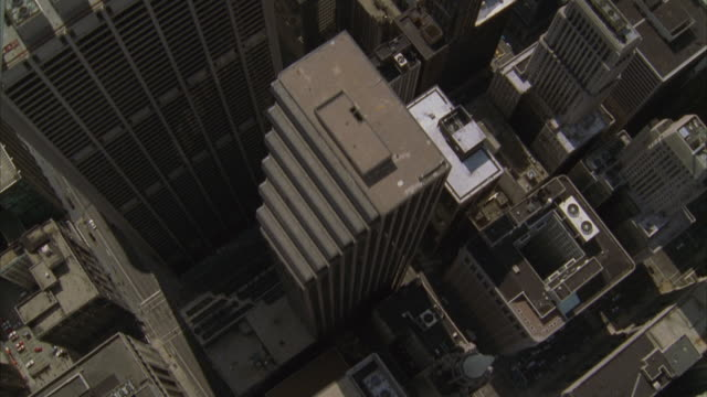 aerial, downtown, chicago, illinois, usa - willis tower stock videos & royalty-free footage