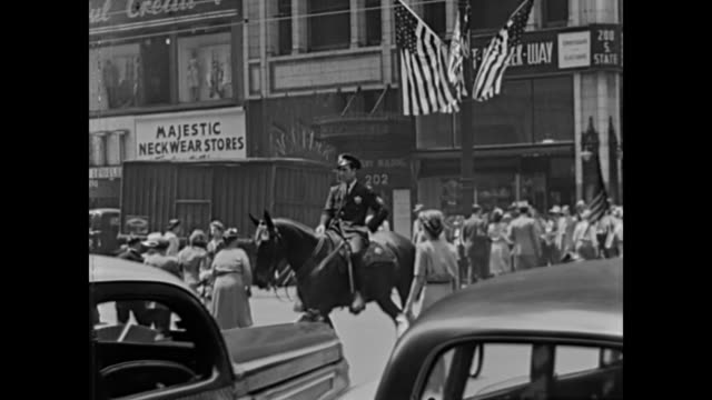 1947 Downtown Chicago Streets - Home Movie