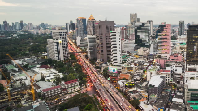 d2n downtown city of bangkok thailand - architectural column stock videos & royalty-free footage