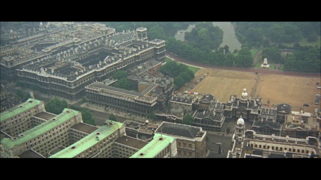 1966 AERIAL WS ZI MS Downtown city view  / London, England