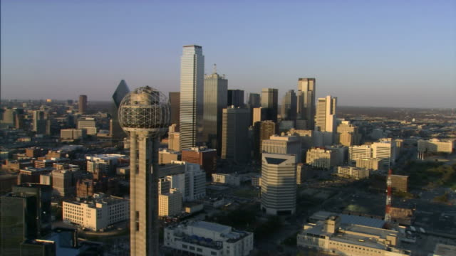 downtown dallas flyby - texas stock videos & royalty-free footage