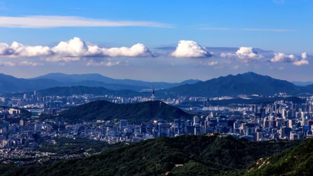 stockvideo's en b-roll-footage met downtown district around n seoul tower / seoul, south korea - straatnaambord