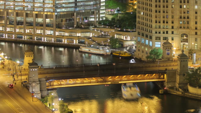 t/l ha zo downtown from swissotel night - dusable bridge stock videos & royalty-free footage
